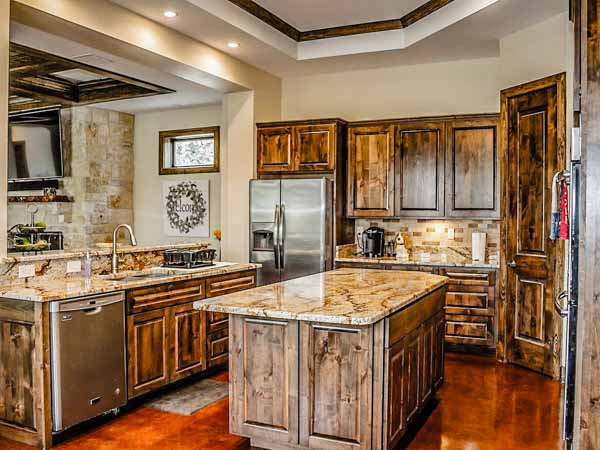 hill country hideaway kitchen